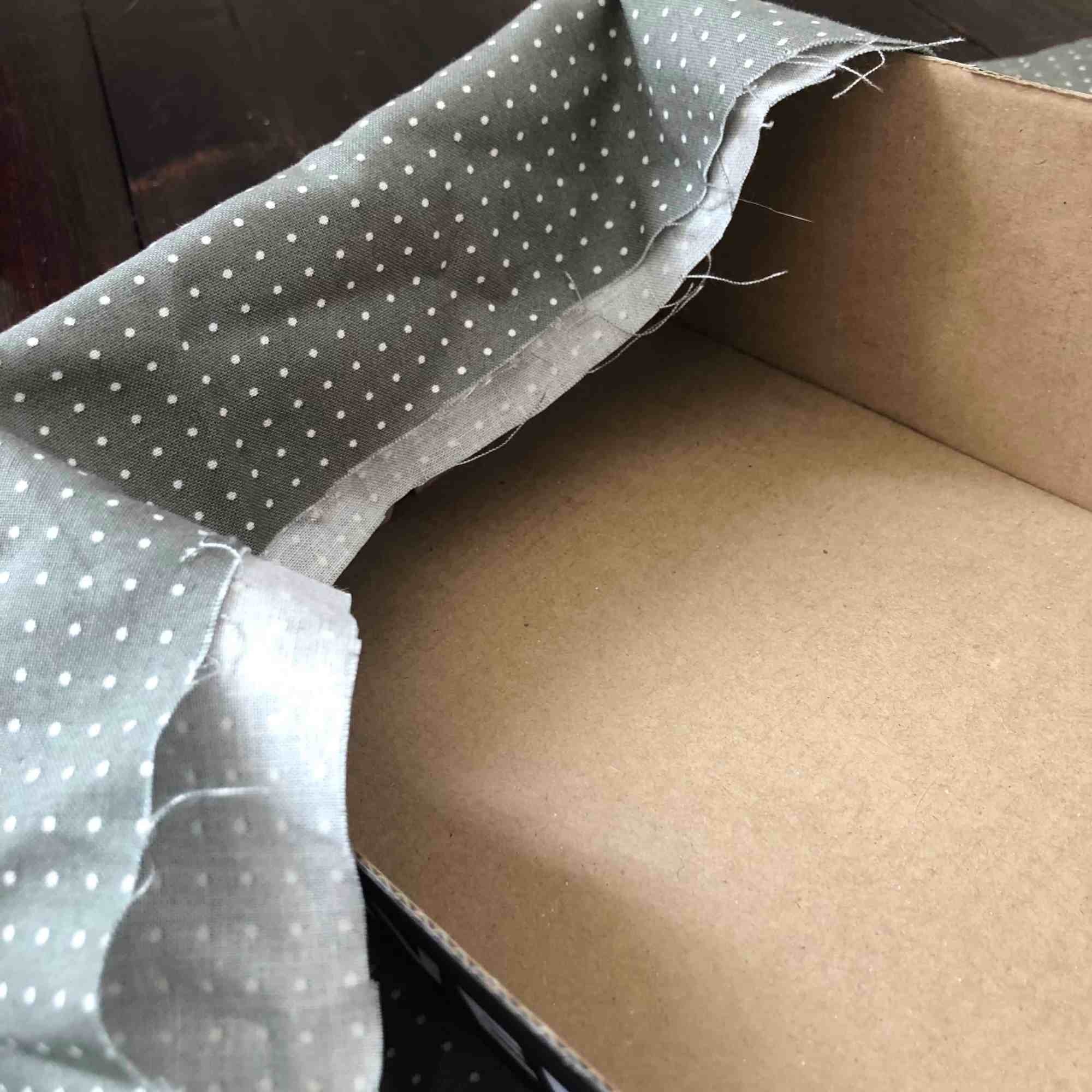 how to make a fabric covered box