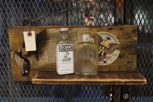 Photography by Kachiside Madu - Upcyclepop Dec 2017 event. Remade in Sacramento - America's first upcycle market.