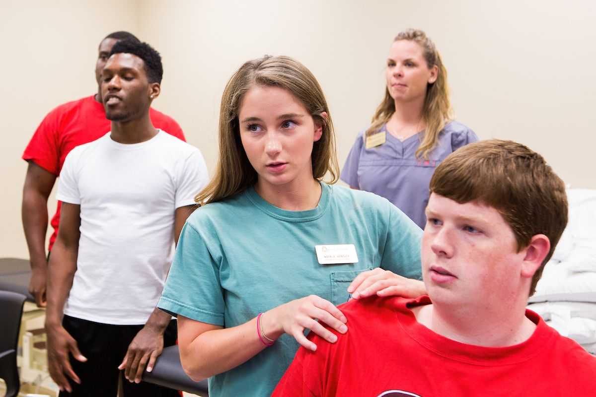 Physical Therapy Cohort Completes 3 Year Cycle For Full Program