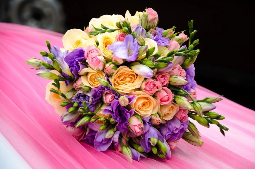 Anniversary Flowers Idea For Wife