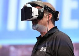 Intel-Project-Alloy-VR-Headset