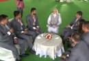 PM मोदी से पैरा एथलीटों की मुलाकात का वह भावुक क्षण, जब खिलाड़ी बोले- 'आजतक ऐसा सम्मान किसी ने नहीं दिया'