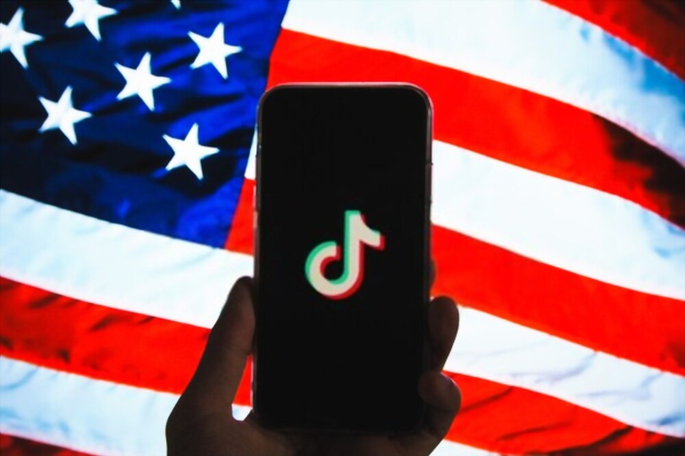 U.S. GOVERNMENT BAN TIKTOK, WECHAT DOWNLOADS FROM SUNDAY -20th sep