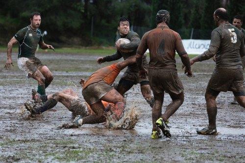 Bathing Kids is Like Rugby - Quino Al Photo.jpg