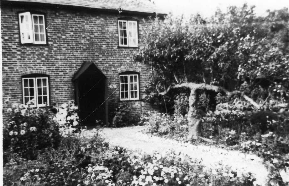 Mayes Cottage - now Dolphin House