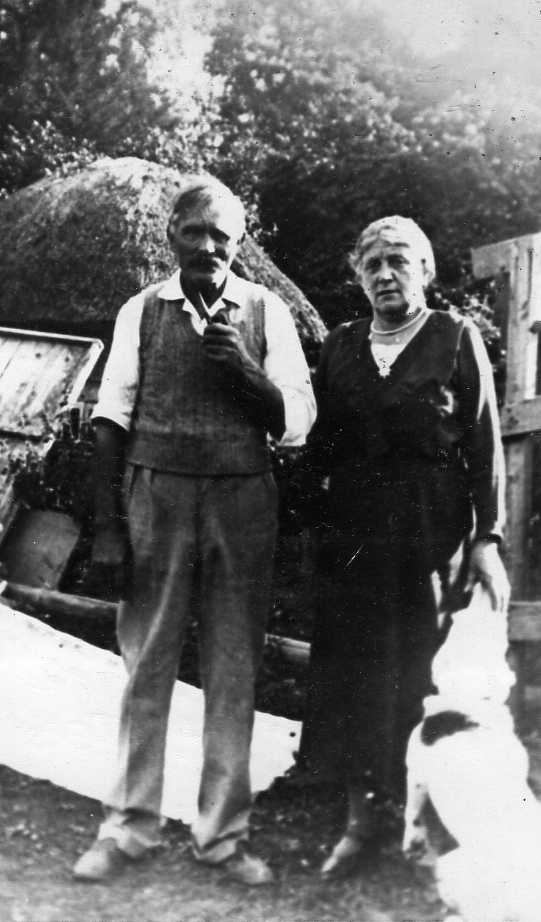 Mr & Mrs Herc Freemantle