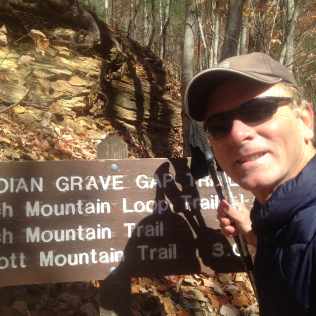 indian-grave-gap-trail-sign