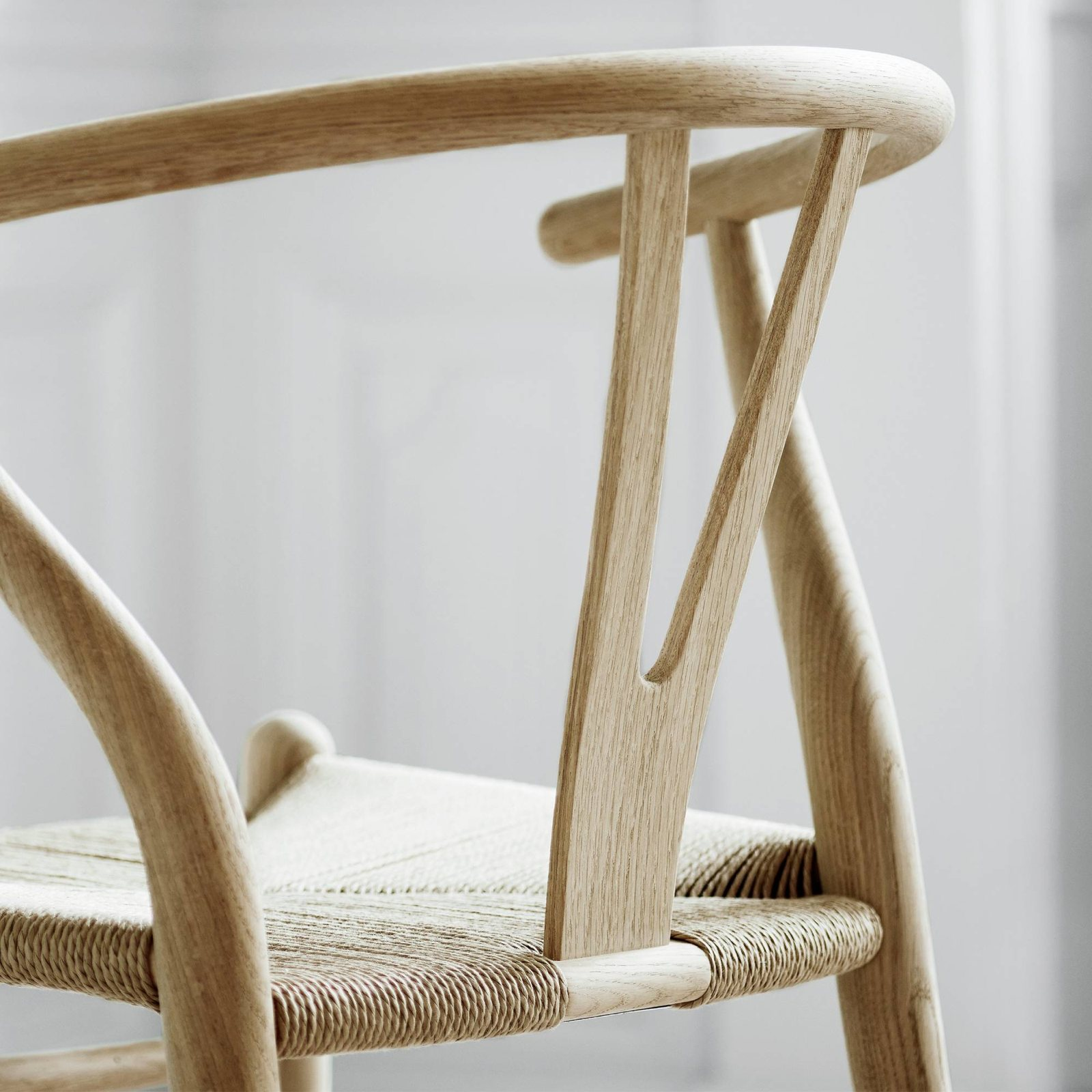 CH24 Wishbone Chair By Hans J Wegner For Carl Hansen