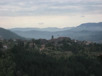 Village in Garfagnana - on holiday 2008