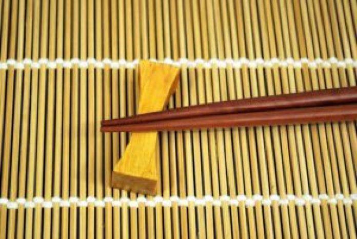 一双筷子(pixabay)