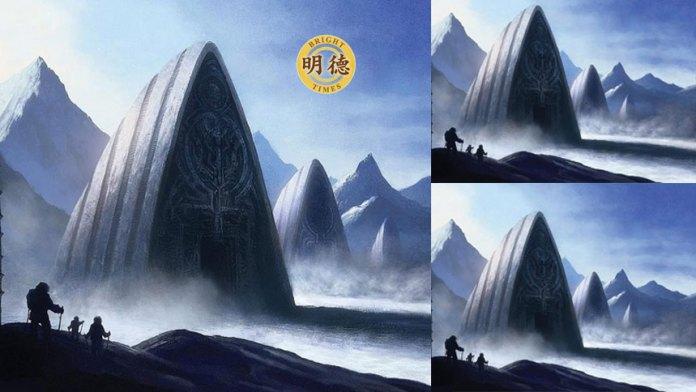 南极冰川融化显露出一座巨大神秘建筑(明德合成)