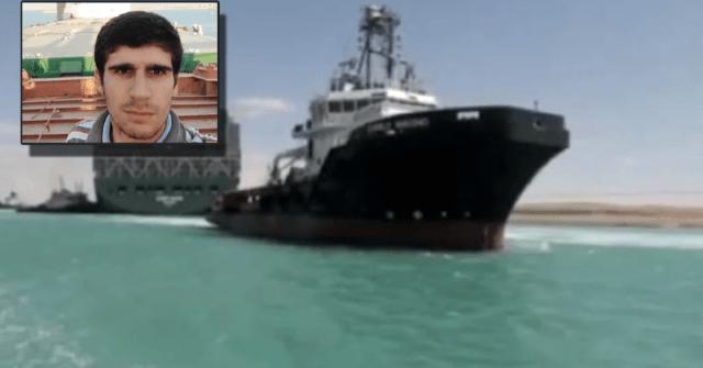pelayar terdampar di tengah lautan