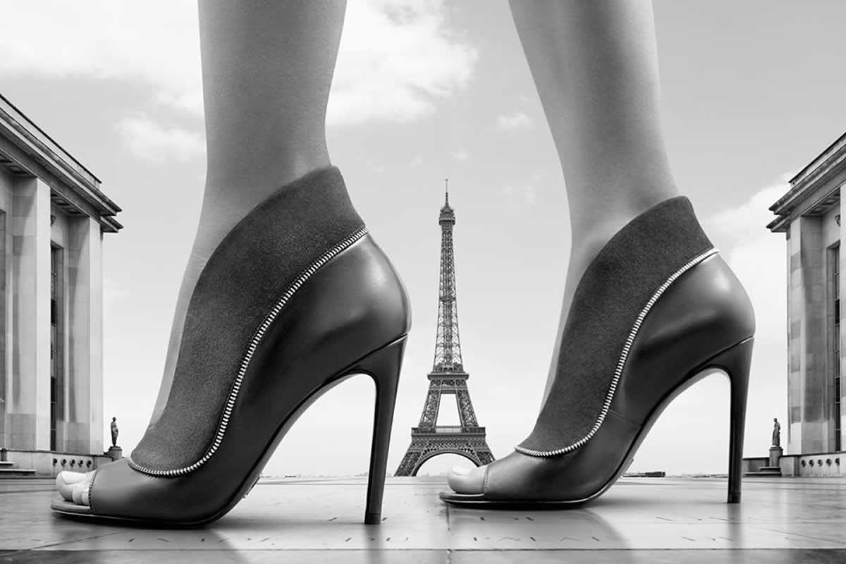 Картинка с рекламой обуви