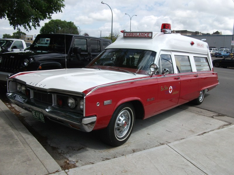 1968 dodge cars » File 1968 Dodge Polara 500 Ambulance jpg   Wikimedia Commons File 1968 Dodge Polara 500 Ambulance jpg