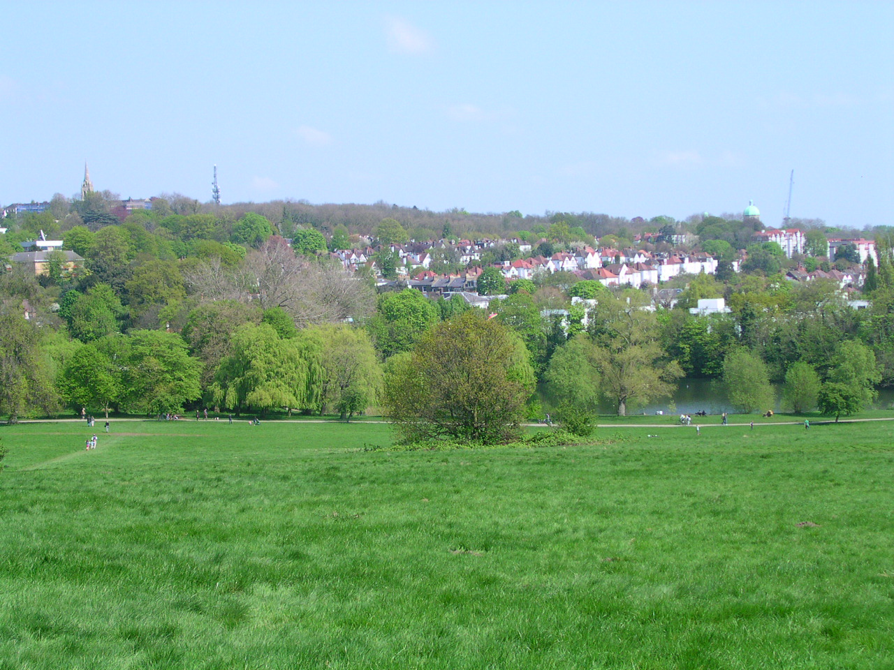 English: View of Highgate from Hampstead Heath...