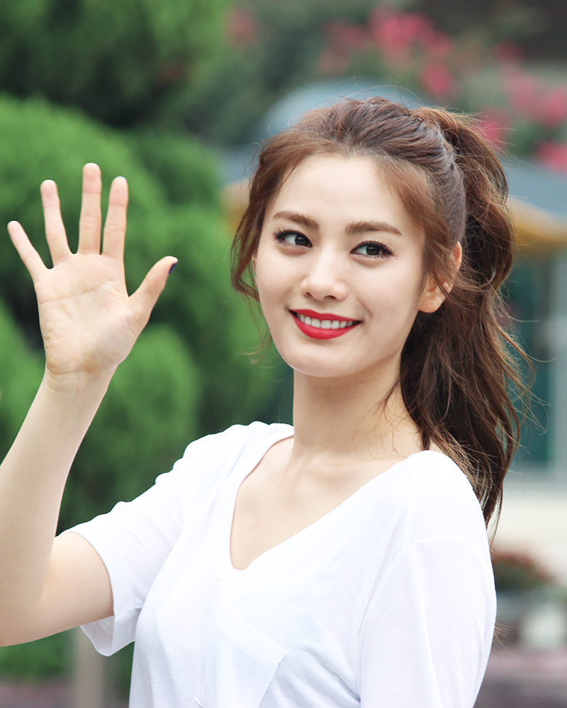 Nana Entertainer Wikipedia
