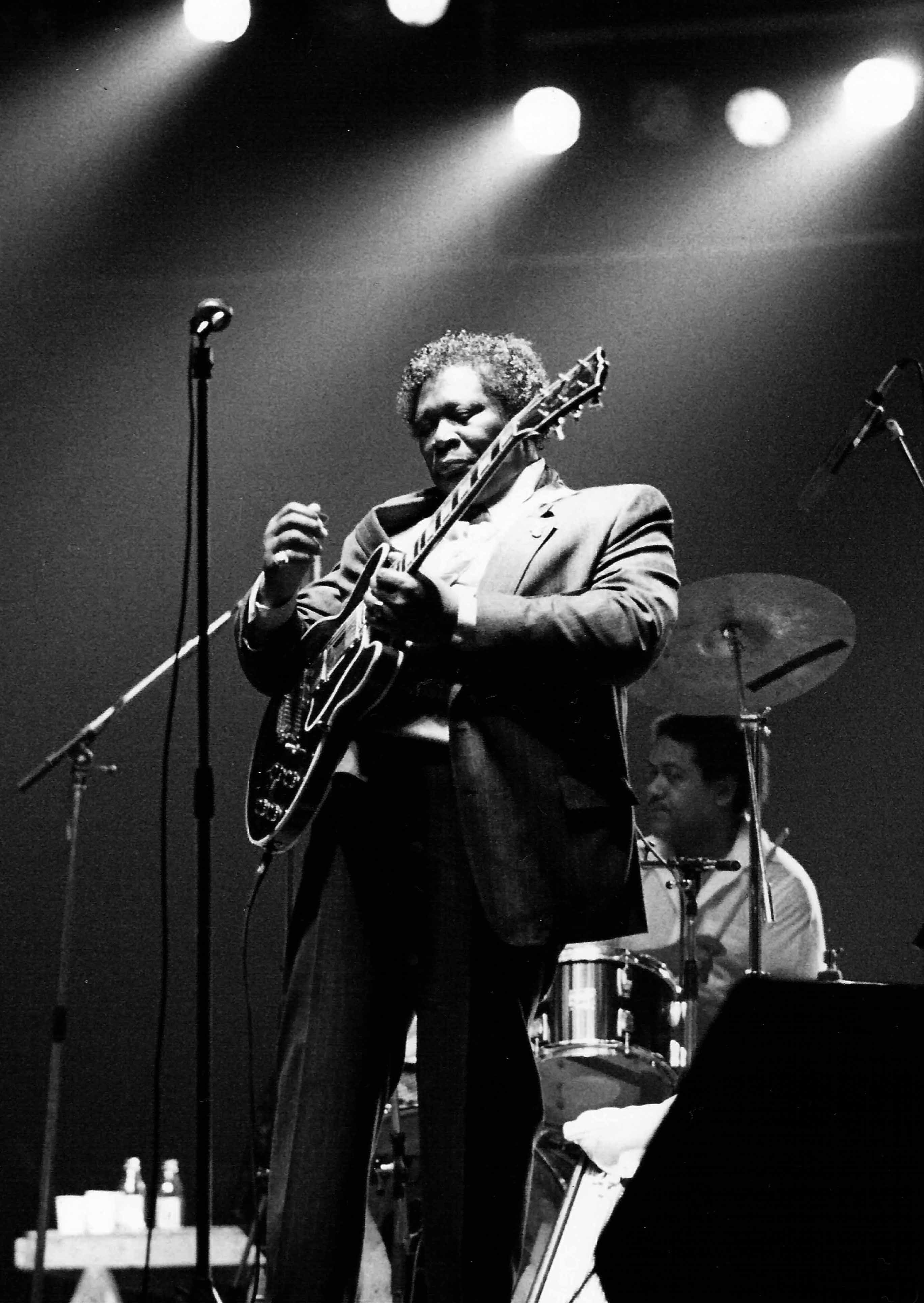The World S Top 10 Best Jazz Guitarists Of All Time