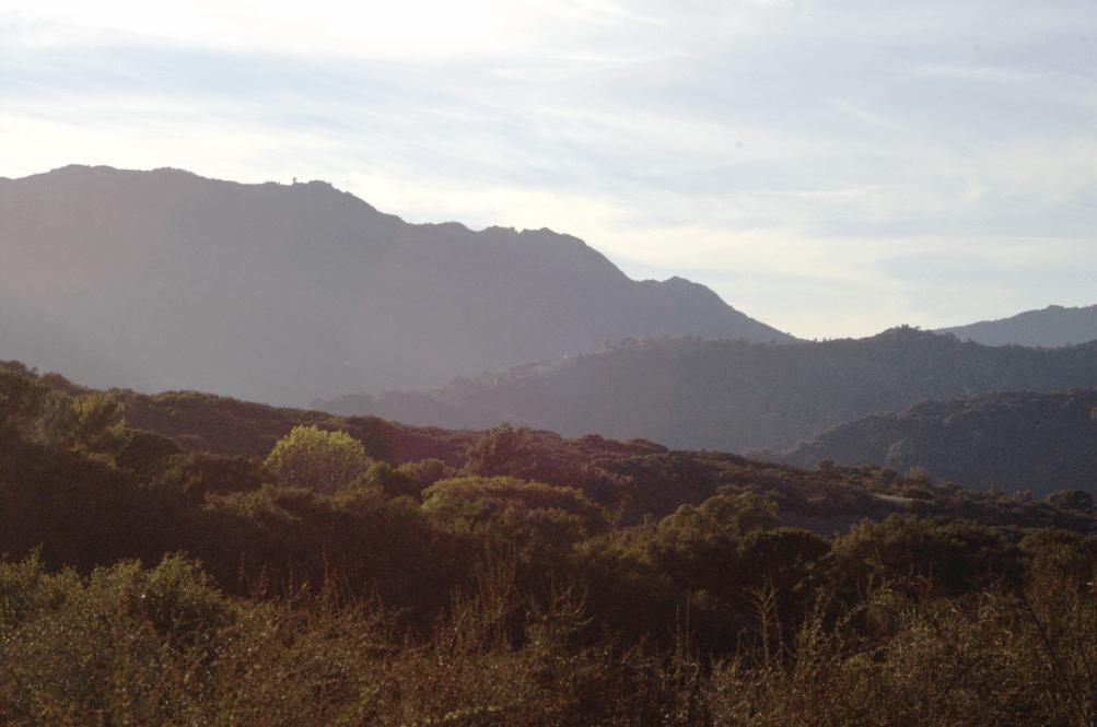 https://i2.wp.com/upload.wikimedia.org/wikipedia/commons/0/05/Topanga_Canyon_trail.png