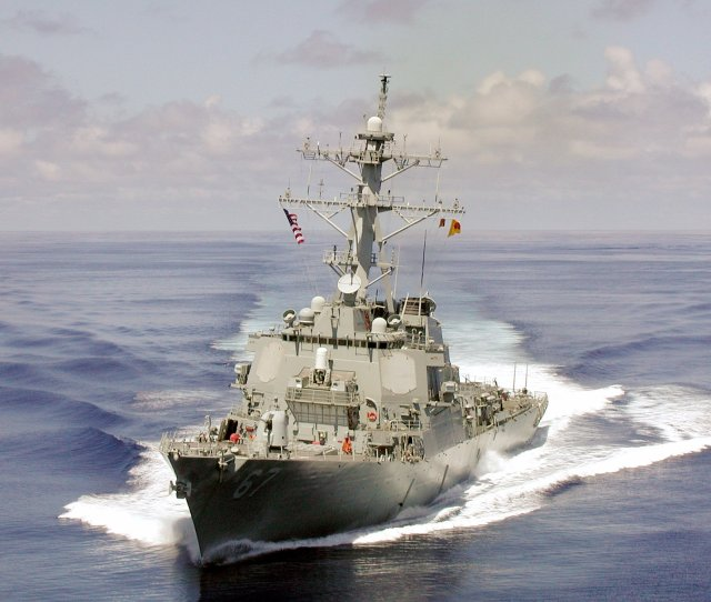 Fileuss Cole Ddg 67 Front Jpg