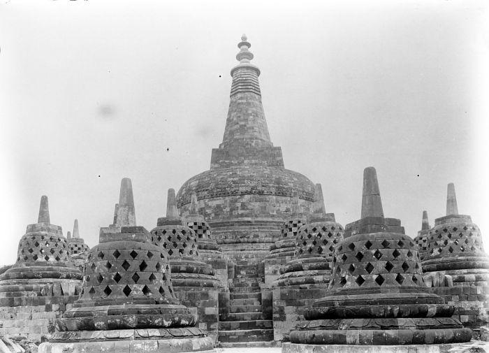 Kumpulan Mewarnai Gambar Sketsa Candi Borobudur Yang ...