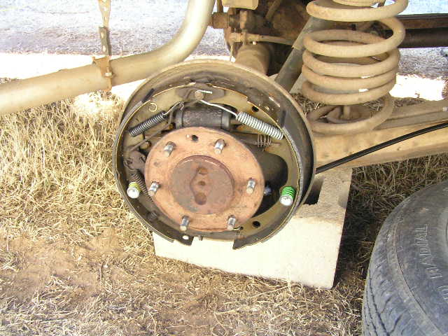 Drum brake (Wikipedia)
