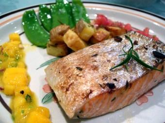 نتيجة بحث الصور عن Salmon grilled