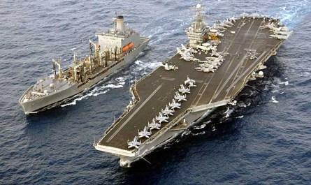Datei:USS Harry S. Truman alongside USNS John Lenthall.jpg