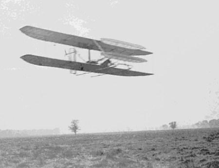 אחד המטוסים הראשונים של האחים רייט