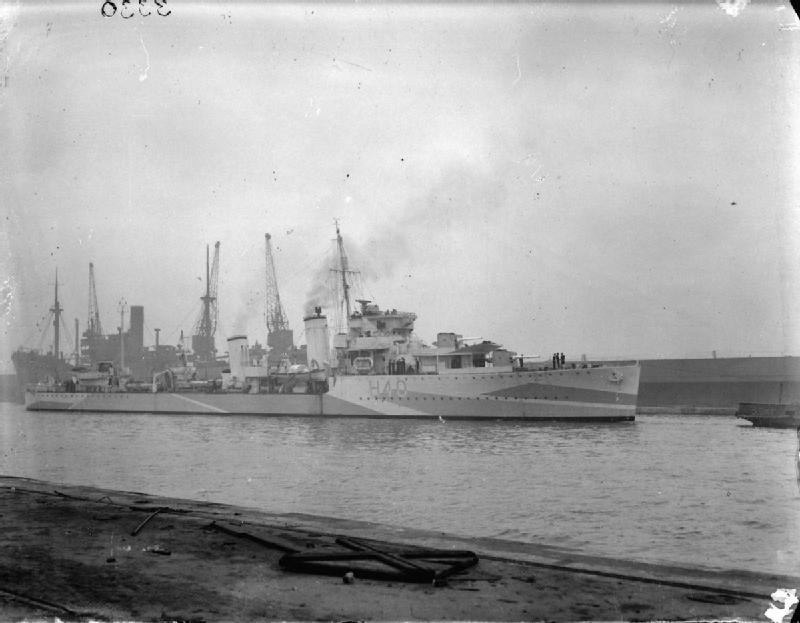 English: British destroyer HMS Anthony Underwa...