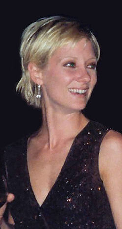 Anne Heche at the 1997 Emmy Awards (cropped)