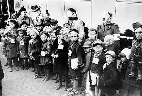 Finnish war children in Turku1