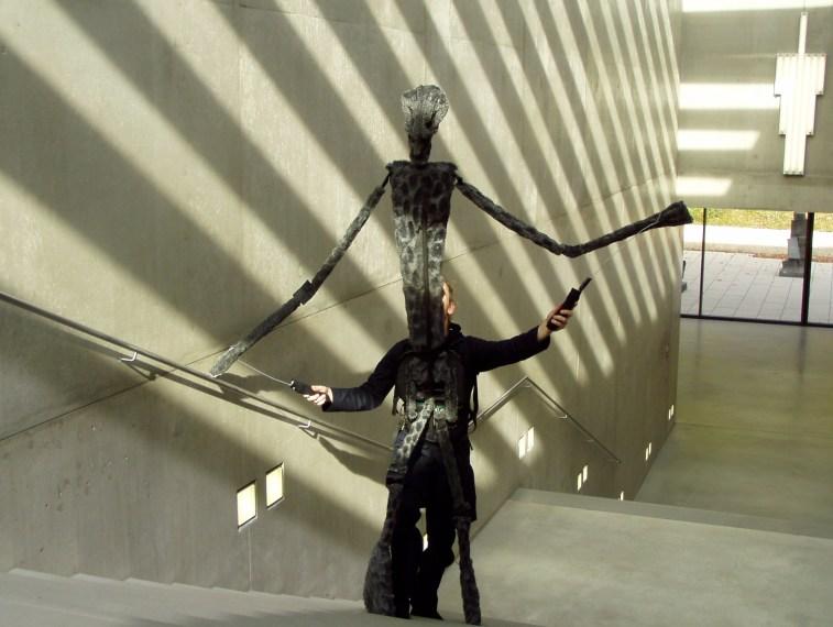 https://i2.wp.com/upload.wikimedia.org/wikipedia/commons/0/0e/Karin-schaefer-puppet-museum-modern-art-salzburg.jpg?resize=757%2C570