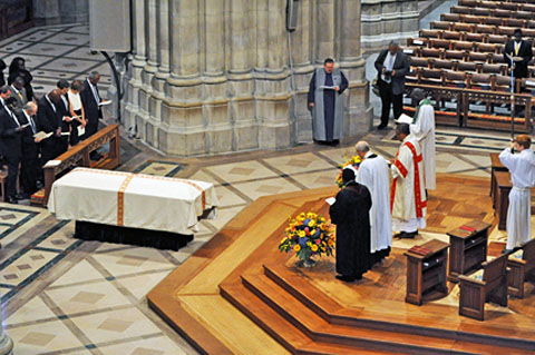 File:Manute Bol's funeral at National Cathedral 2010-06-29 1.jpg