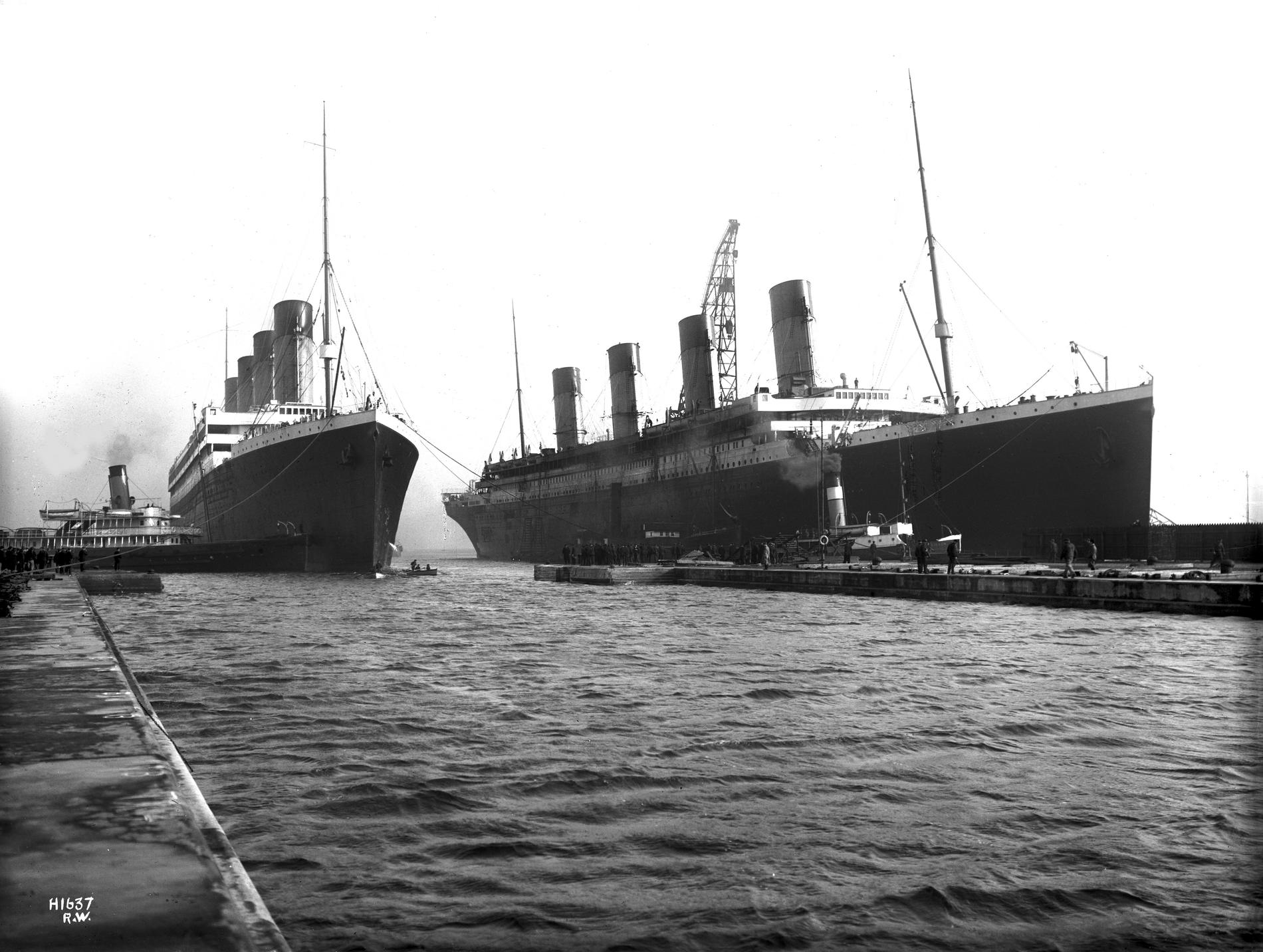 English: March 6, 1912: Titanic (right) had to...