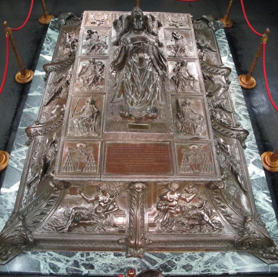 Guia brasileira no Vaticano. Basílica de São Pedro