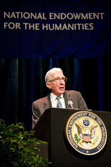 John Updike giving the 2008 Jefferson Lecture ...