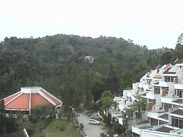 File Pemandangan Bukit Fraser Yang Dipenuhi Dengan Hotel Dan Apartment Untuk Pengunjung Jpg
