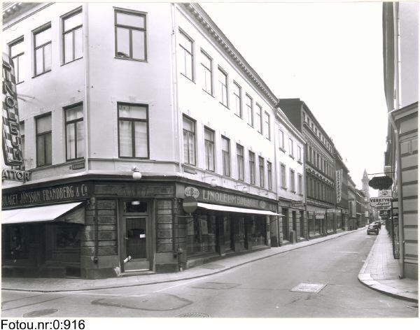 Drottninggatan 24 - Korsgatan 6