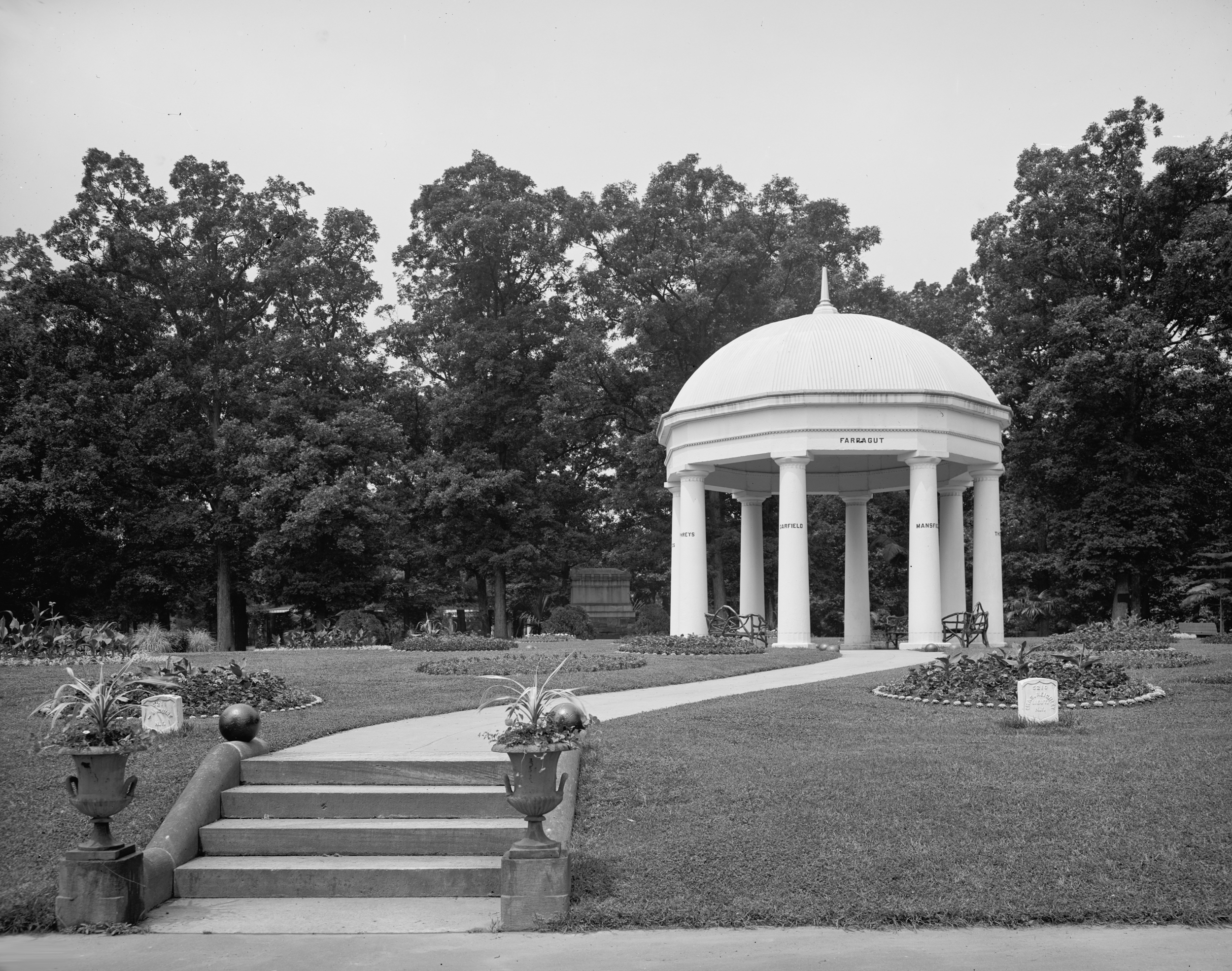 List Of Memorials And Monuments At Arlington National