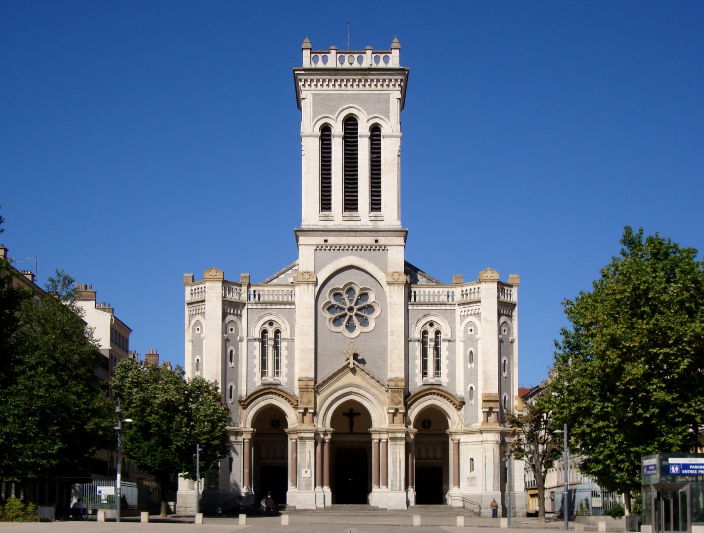 La cathédrale Saint-Charles-Borromée de Saint-Étienne dans la Loire.