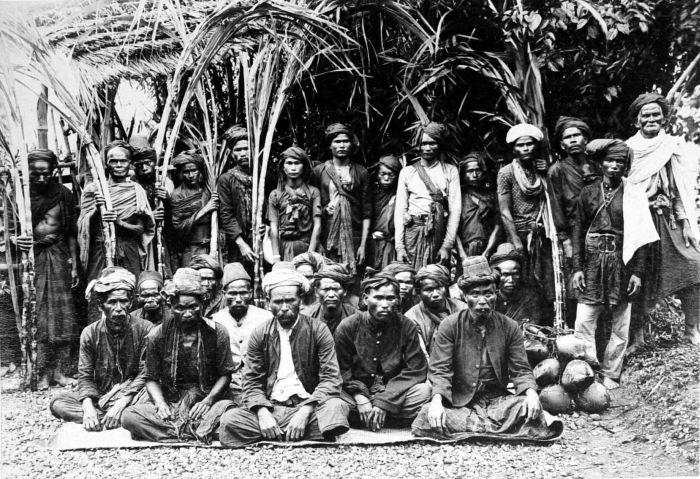 Sekelompok masyarakat Aceh (Tropen Museum Belanda)