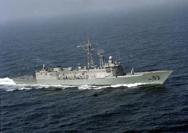 File:HMAS Sydney 1991.jpg