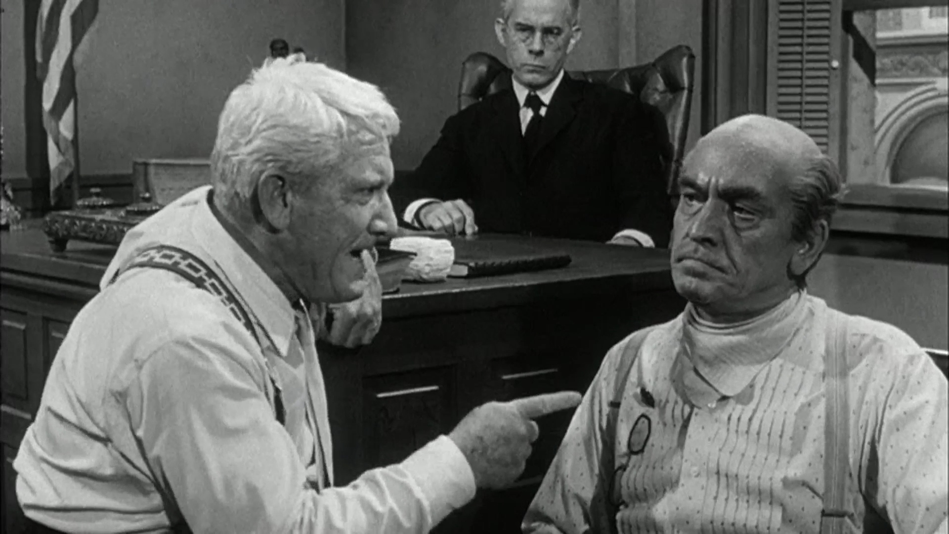 Harry Morgan as the judge, Spencer Tracy as Dr...
