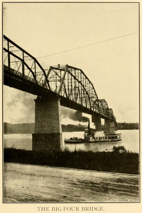 English: An old photo of the Big Four Bridge i...