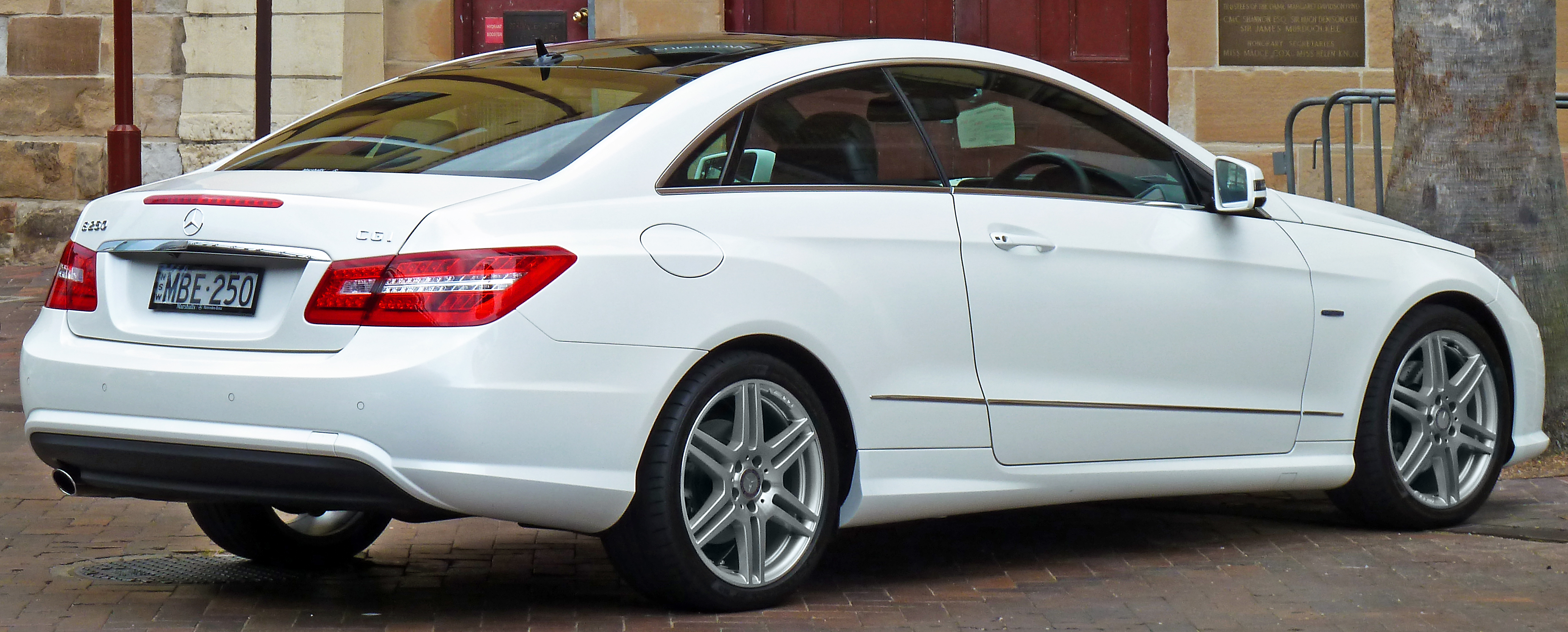 Plik Mercedes Benz E 250 Cgi C 207 Avantgarde Coupe