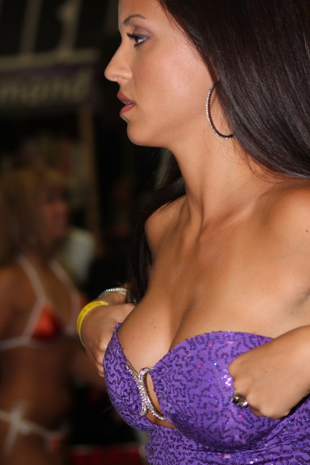 Filejanessa Brazil At Exxxotica Nj 2010 Jpg