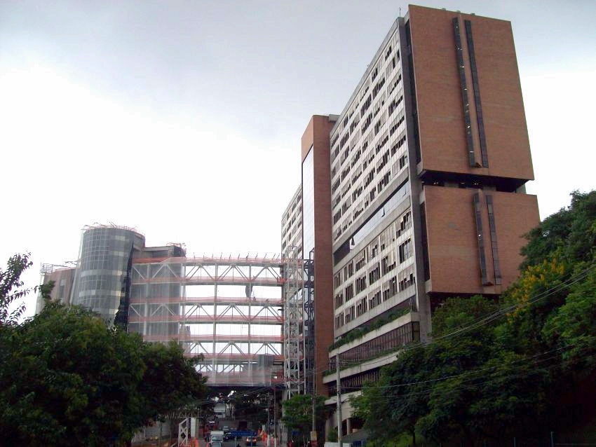 缺防护装备 巴西确诊2000病例15%是医护人员
