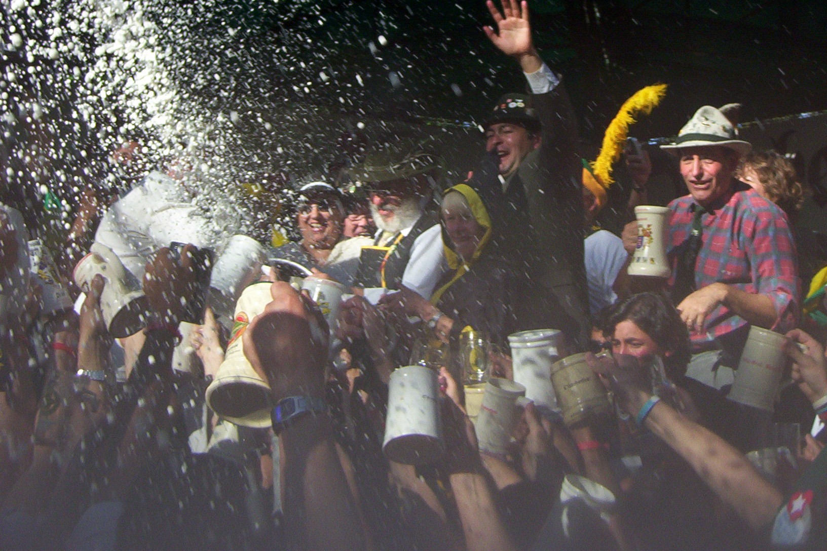 https://i2.wp.com/upload.wikimedia.org/wikipedia/commons/2/22/Oktoberfest_VGBelgrano.jpg