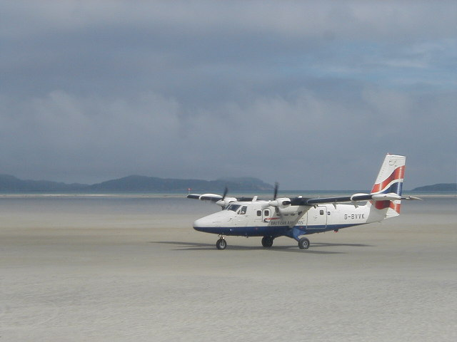 Plane arrival at Barra Airport.jpg