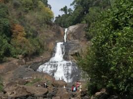 Bopath Ella Falls - panoramio